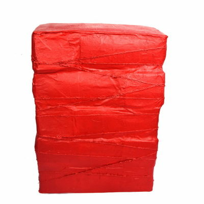 Stool, un tabouret réalisé avec 10 kg de déchets plastiques, non recyclables…